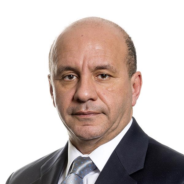 Dr. Abed Benzina, Principal photo